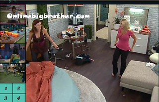 BB13-C2-7-26-2011-12_46_19.jpg | by onlinebigbrother.com