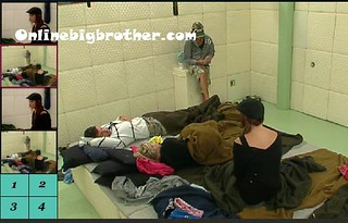 BB13-C1-8-7-2011-1_35_40.jpg | by onlinebigbrother.com