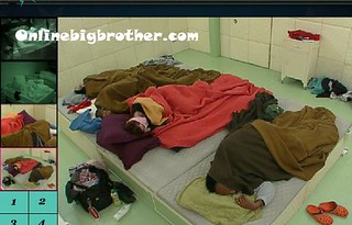 BB13-C4-8-1-2011-7_14_53.jpg | by onlinebigbrother.com