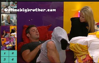 BB13-C3-8-1-2011-12_39_37.jpg | by onlinebigbrother.com