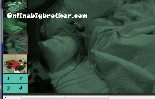 BB13-C3-8-4-2011-4_38_37.jpg | by onlinebigbrother.com