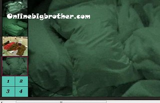 BB13-C4-8-3-2011-7_33_41.jpg | by onlinebigbrother.com