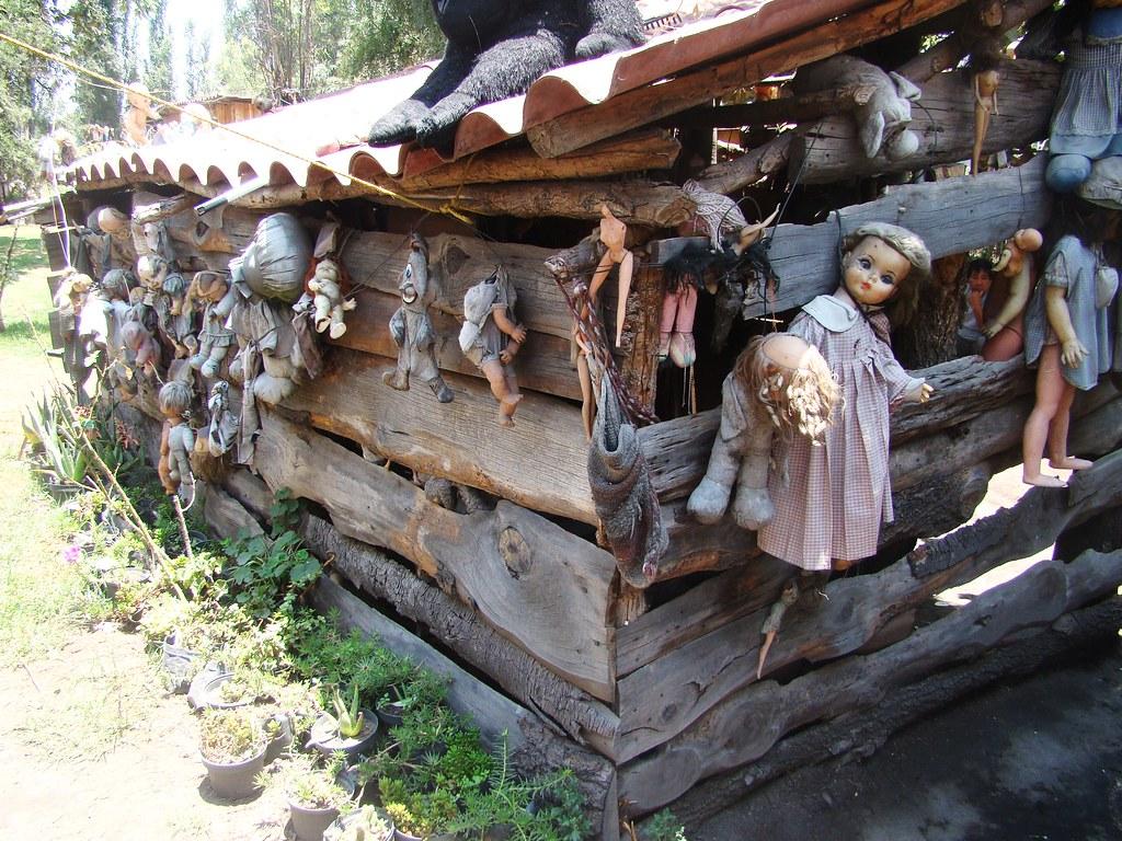 Xochimilco - Island of the Dolls - Doll Shack