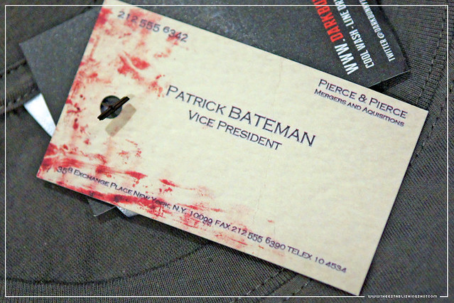 Empire BIG SCREEN : BIG SCREEN Goody Bag - Patrick Bateman business card on American Psycho Dark Bunnys T Shirt