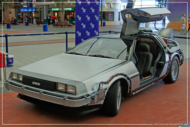 Empire BIG SCREEN :  Replica Back to the Future Doc. Brown's time travelling DeLorean DMC-12