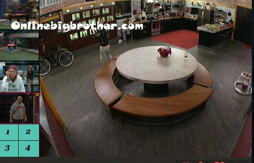 BB13-C4-8-22-2011-12_29_07.jpg | by onlinebigbrother.com