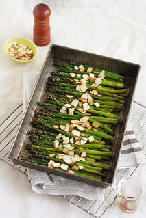 Roasted Asparagus with Cherry Balsamic Glaze | by Xiaolu // 6 Bittersweets