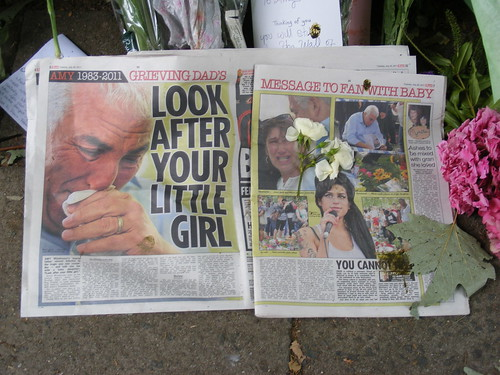 Amy Winehouse Memorial | by Gruenemann