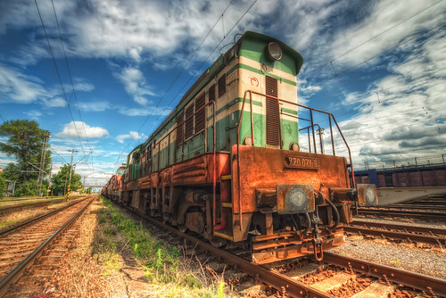 Green train | by Miroslav Petrasko (hdrshooter.com)