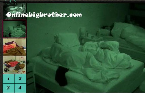 BB13-C1-8-1-2011-7_42_23.jpg | by onlinebigbrother.com
