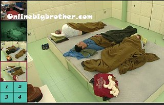 BB13-C4-7-18-2011-7_26_07.jpg | by onlinebigbrother.com