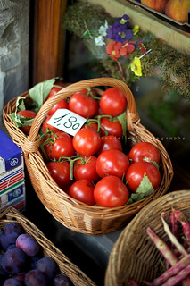 At the Market: Tomatoes | by | Les Hirondelles |