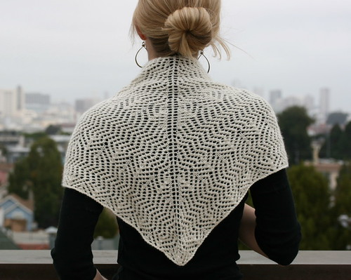 Keravnos Shawl | by the yarniad