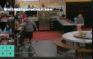 BB13-C4-8-18-2011-12_39_16.jpg | by onlinebigbrother.com