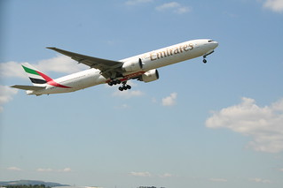 Emirates takes off for Dubai | by jmmcdgll