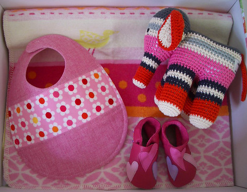 Baby Gift London : Baby gift set pink and girly new for