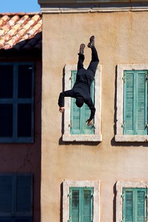 Stunt man falling from roof | by p_a_h