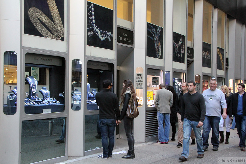 Head to the Diamond District at 47th Street in Manhattan for a Shiny Experience