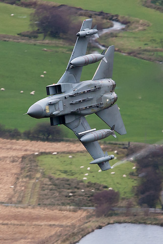 250 feet..420 Knots...RAF Low Level | by PhoenixFlyer2008