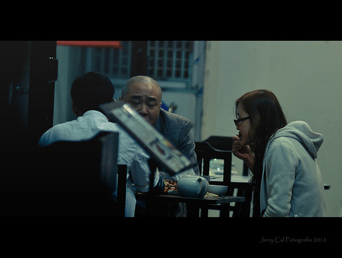 Street Scene: Dinner with Boss | by ●∂ЯP∂PℓΘ۲™●