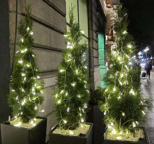 Vihreää ja valoja