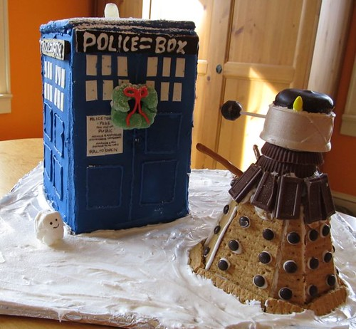 Gingerbread Tardis and Dalek | by dragonflyducky