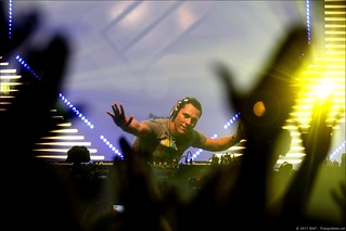 DJ Tiësto at the Play Mainstage | by Rudgr.com