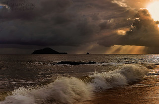 Stormy Morning-Buchan Point,Cairns | by forurglory