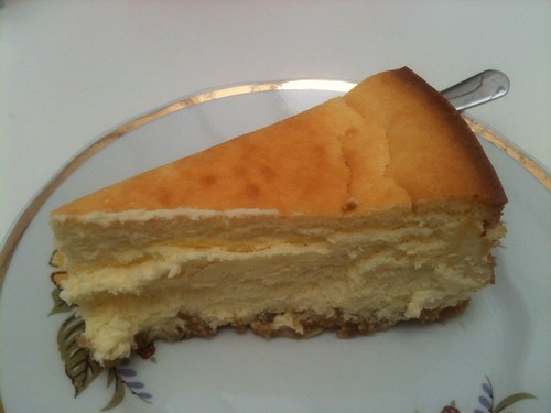 Helmut Newcake: Cheesecake | by clotilde
