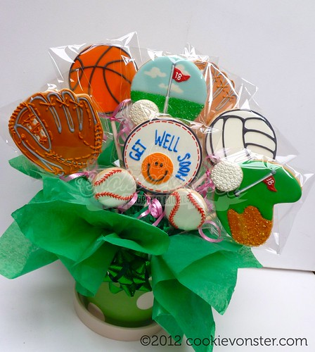Sport themed cookie bouquet | by Cookievonster