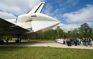 Shuttle Discovery Arrives at Udvar-Hazy (201204190025HQ) | by NASA HQ PHOTO