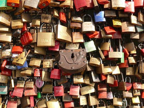 locks in Cologne | by Frizztext
