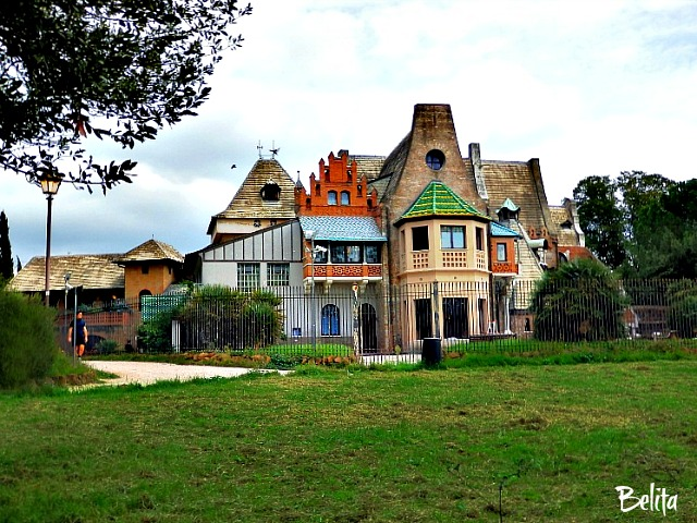 CASTLE, PALACE, MANSION