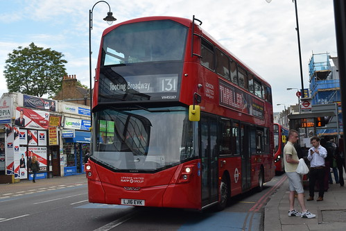 London United VH45167 on Route 131, Tooting Broadway