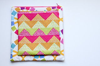Zippy Pouches! | by Jeni Baker | In Color Order