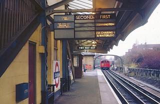 LT Colindale station in 1971