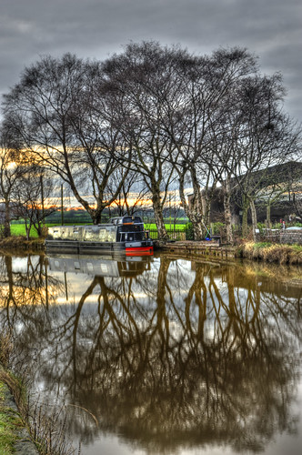 _DSC1272_3_4_tonemapped Alsager Canal walk | by perth45