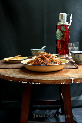 Chinese Fried Rice Noodles/ Meehoon and Glutinous Rice Balls 炒米粉和花生汤圆 | by Smoky Wok (Jasmine)