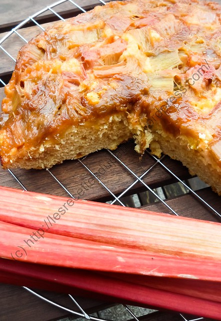 Tatin de Rhubarbe / Rhubarb Upside Down Cake