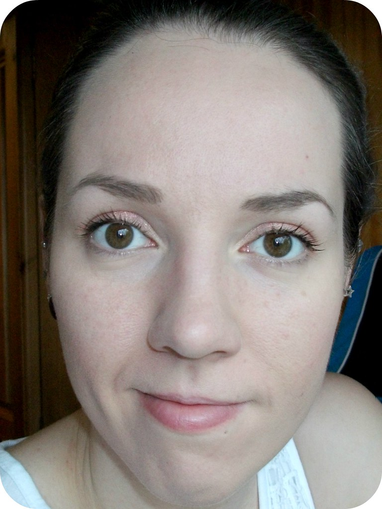 Benefit Goof Proof Brow on the face