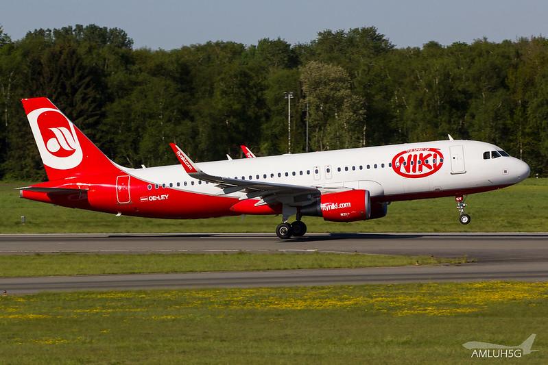 Niki - A320 - OE-LEY (1)