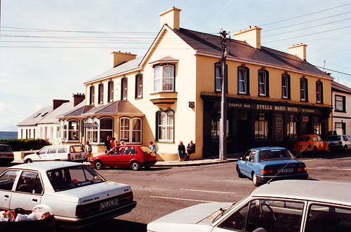 Stella Maris Hotel, Kilkee, Co. Clare, 1990 | by National Library of Ireland on The Commons