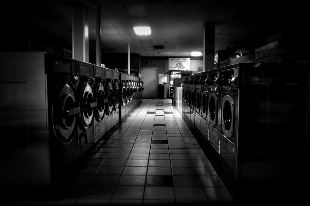 1am laundry