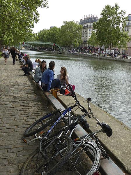 vélos au bord du Canal