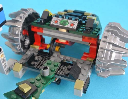 76055 Batman: Killer Croc Sewer Smash
