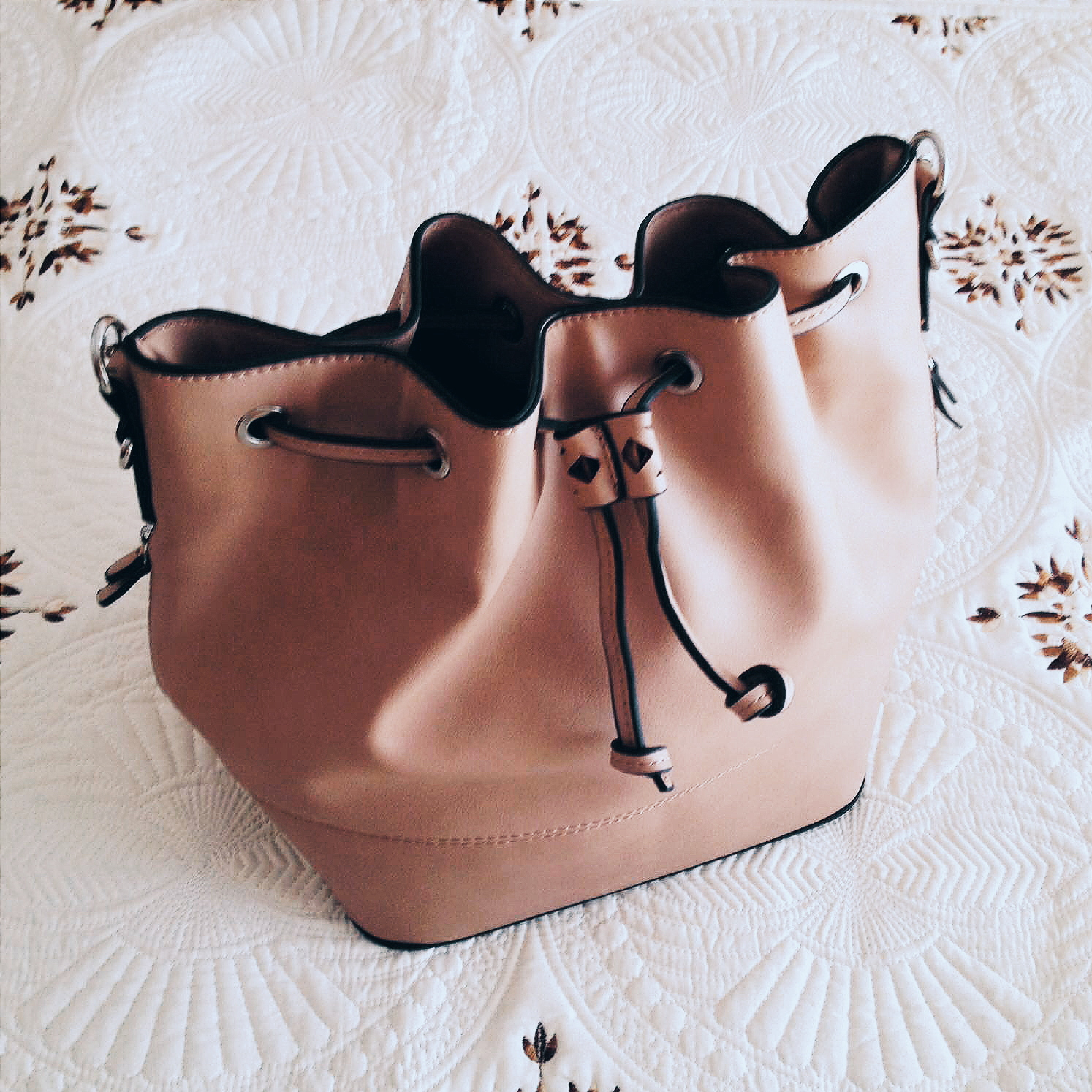 new_in_bag_parfois_bucket_bag