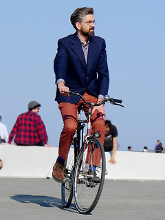 sunny spring Sunday | by Barcelona Cycle Chic