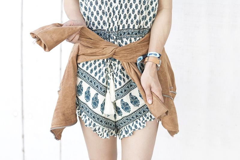 09azalea-boho-bohemian-paisley-print-romper-ruffles-style-fashion