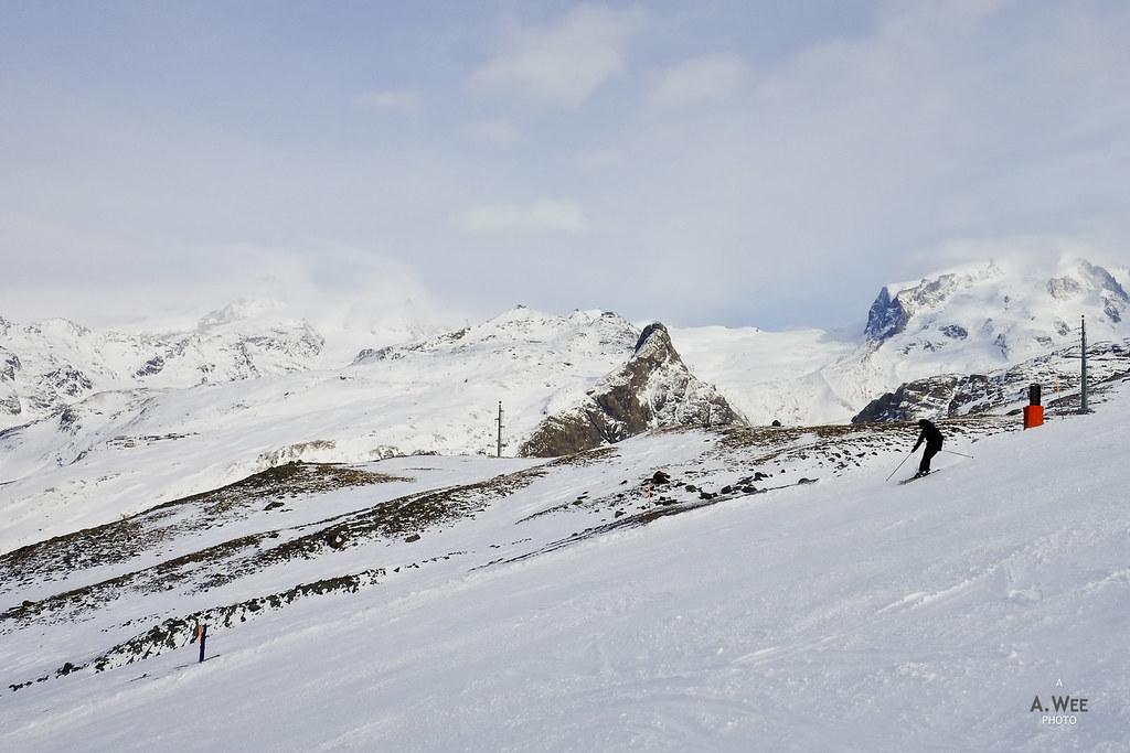 Skiing down Rennstrecke