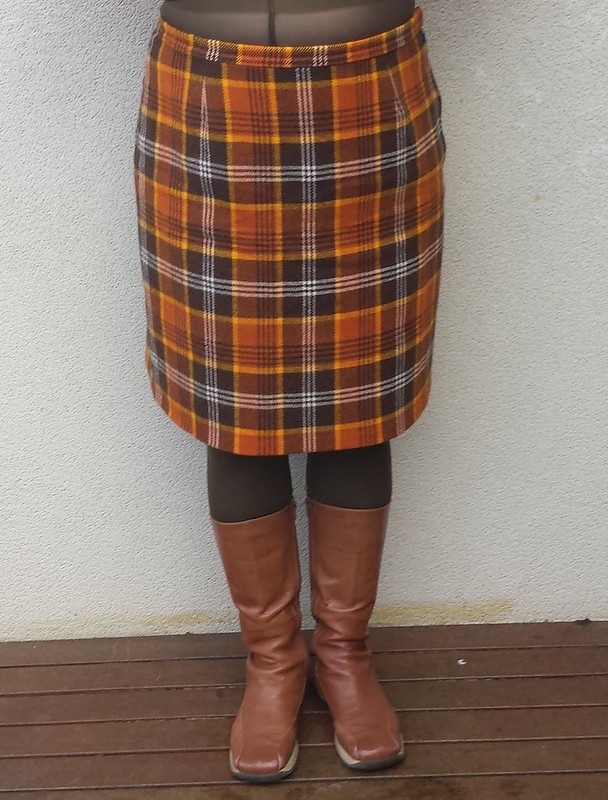 Lekala 5264 two-seam skirt in vintage wool check